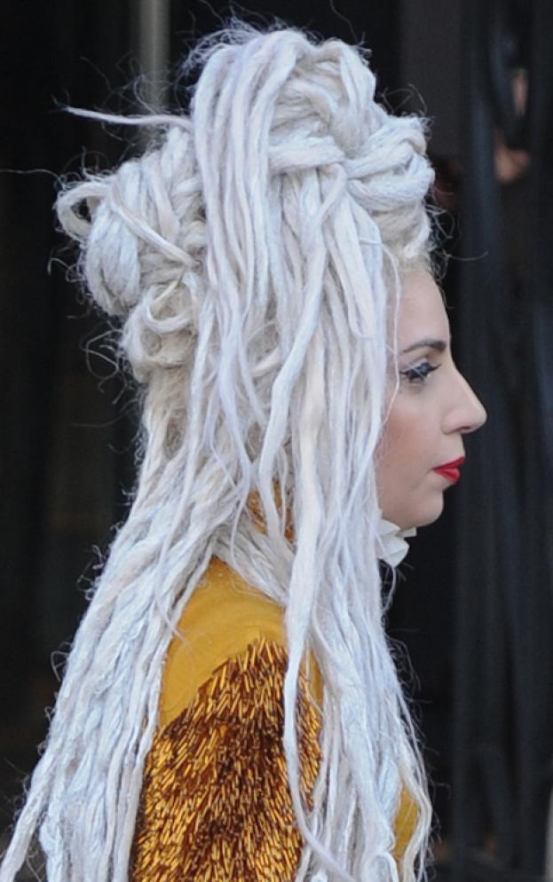 Lady Gaga z DREDAMI!