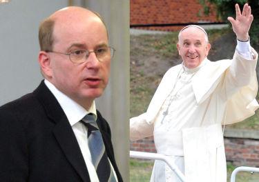 """Rokita krytykuje papieża: """"Jego brzuszek i MAKARONY, KTÓRYMI SIĘ OBŻERA, nie wskazują na ascetyczny styl życia!"""""""
