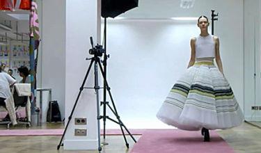 Tak powstaje sukienka Diora! Spędzili nad nią 200 godzin