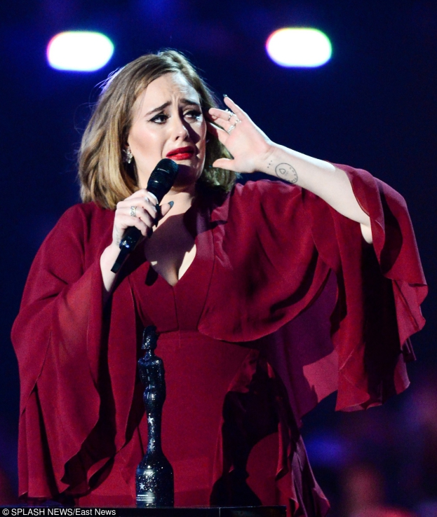 """Adele o terrorystach z Brukseli: """"Jesteśmy lepsi niż ci skurw***e!"""""""