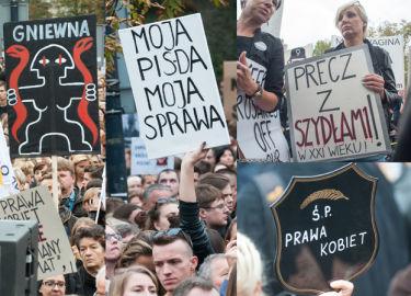 """Czarny Protest pod Sejmem: """"Rząd to nie ciąża, usunąć można"""" (ZDJĘCIA)"""