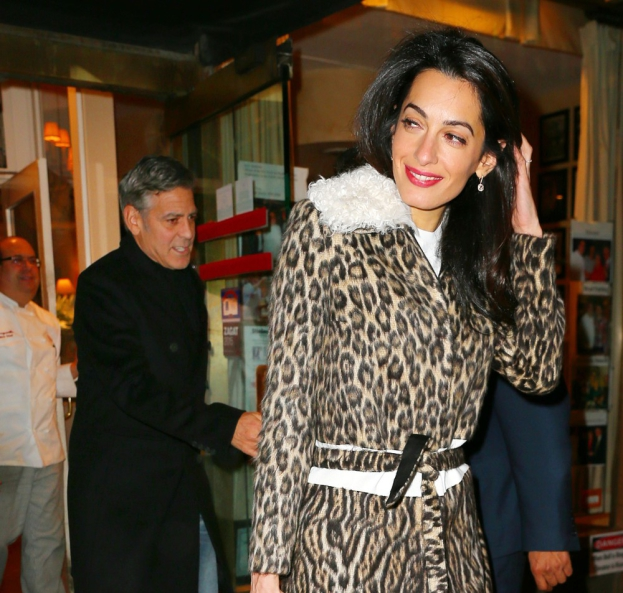 George Clooney, Amal and Nina dine at favourite Patsy's Italian Restaurant in NYC 592a6a730d026395e9d594dfd97b803dfbb760d8