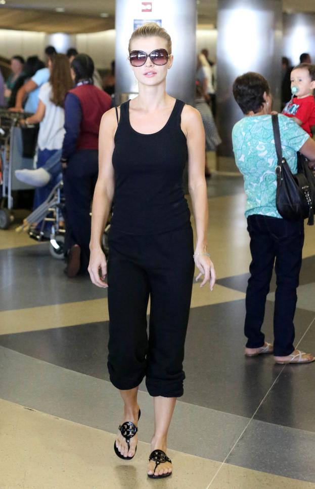 SUTKI Joanny Krupy na lotnisku! (ZDJĘCIA)