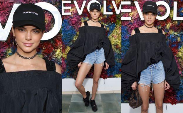 Kendall Jenner pozuje w festiwalowej stylizacji