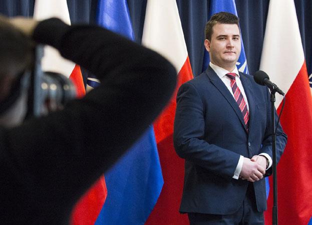"""Bartłomiej Misiewicz założył własną firmę! """"Zajmuje się organizacją uroczystości"""""""