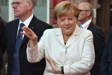 Angela Merkel dostanie Nobla za... przyjmowanie uchodźców?!