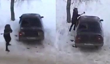 Wściekła Rosjanka zdemolowała auto męża. Siekierą!