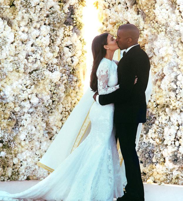 Oficjalne ŚLUBNE ZDJĘCIA Kim i Kanye Westa!