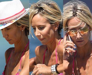 41-letnia Lady Victoria Hervey opala się w Saint Tropez (ZDJĘCIA)
