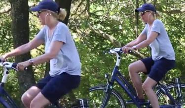 Agata Kiepska-Młynarska na rowerze